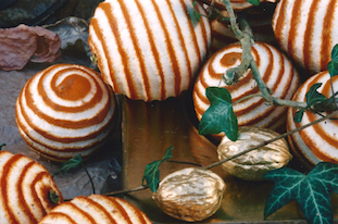 carved oranges ivy efeu pov